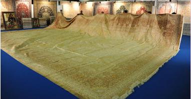 أكبر سجادة حرير طبيعى العالم 1700_1327425118.png