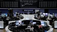 أسهم أوروبا تتراجع للجلسة الرابعة والبنوك تقود الخسائر