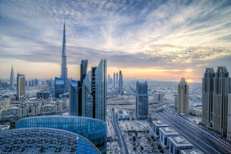 الإمارات الأولى عربيًا في مؤشر التنافسية العالمي