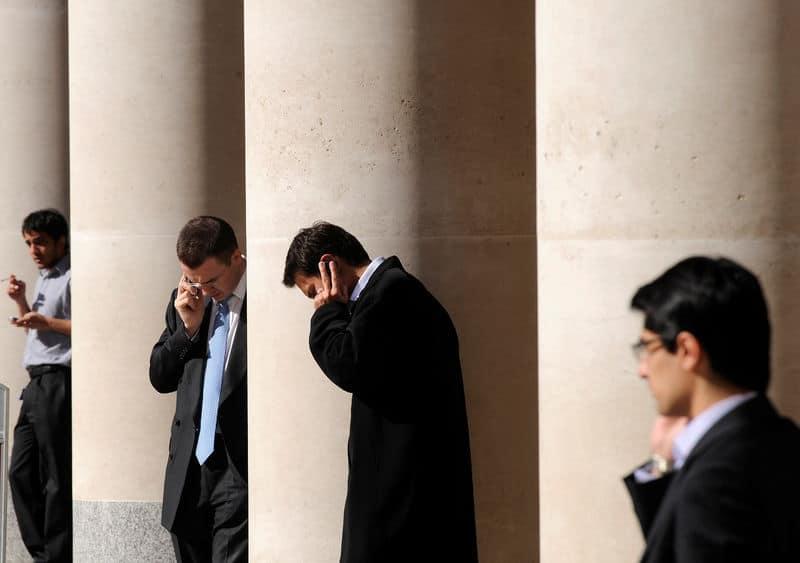 مؤشرات الأسهم في المملكة المتحدة هبطت عند نهاية جلسة اليوم؛ Investing.com بريطانيا 100 تراجع نحو 0.24%
