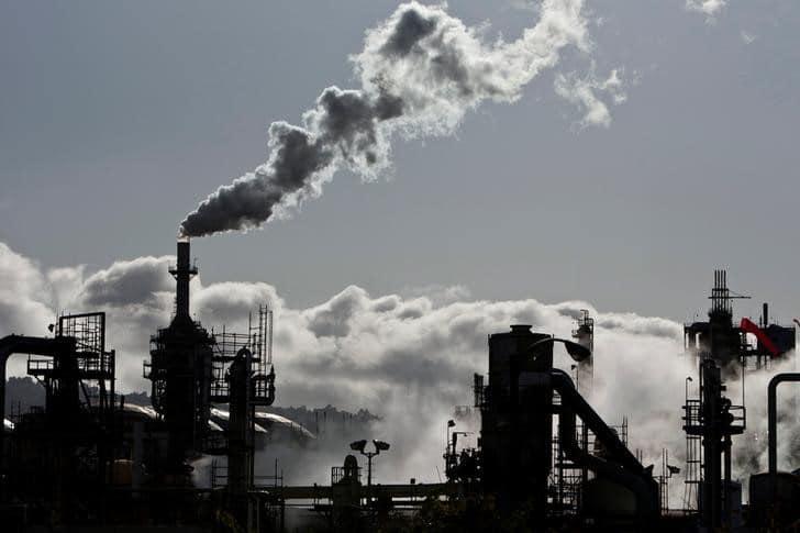 معهد البترول: مخزونات النفط الأمريكية تهبط 761 ألف برميل الأسبوع الماضي