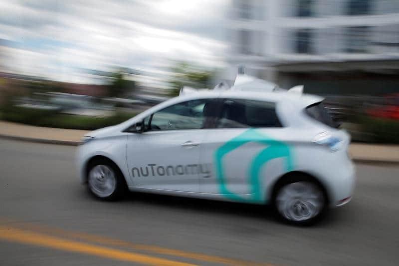 حملة على وسائل التواصل الاجتماعي لحث الكونجرس على دعم السيارات ذاتية القيادة