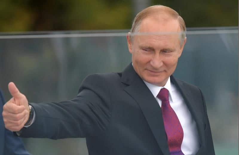 بوتين يشيد بتدمير بلاده الأسلحة الكيماوية وينتقد أمريكا