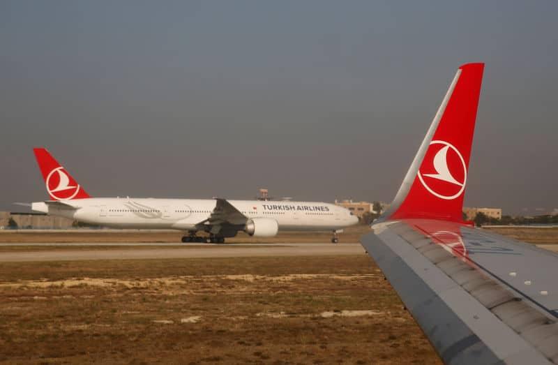 أسهم شركات الطيران التركية تهبط عقب إعلان تركيا تعليق الرحلات الجوية إلى شمال العراق