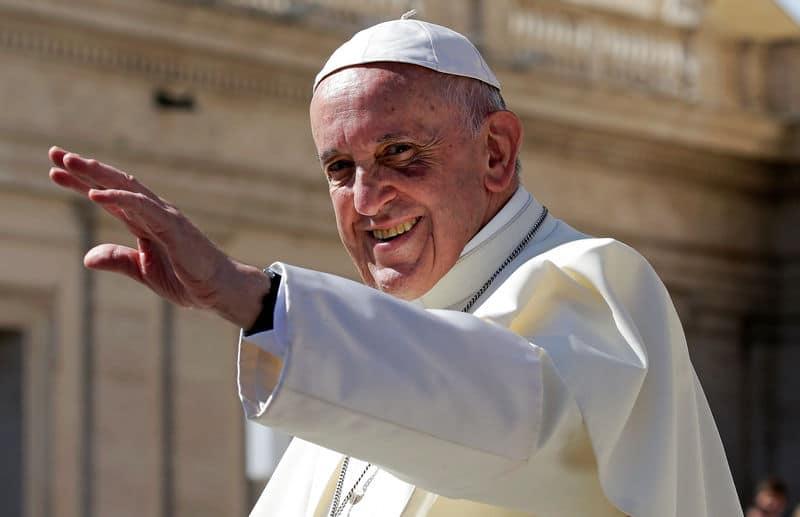 الفاتيكان يدعو السياسيين للدفاع عن المهاجرين وتجنب تشويه صورتهم