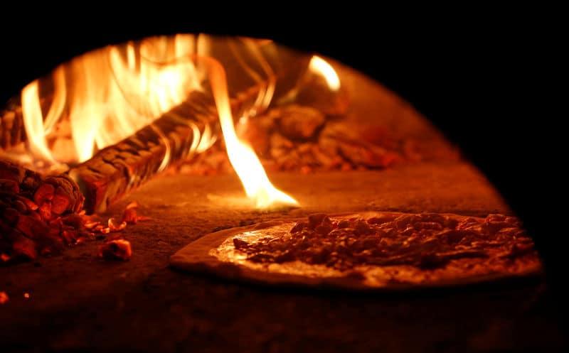 البيتزا النابولية تدخل قائمة التراث العالمي