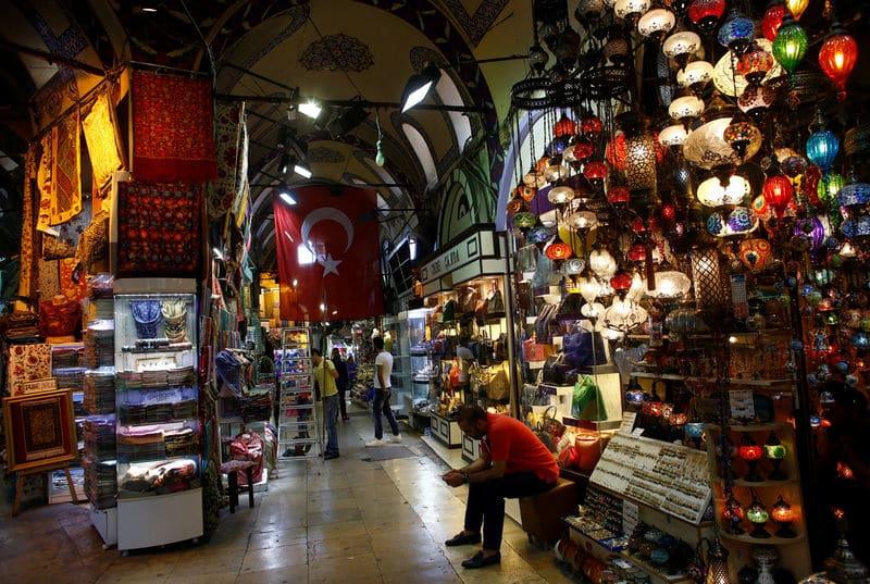 منظمة التعاون تتوقع انكماش اقتصاد تركيا 2.6% العام الحالي