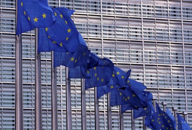 الاتحاد الأوروبي وبريطانيا يؤكدان على استمرار الخلاف بشأن القضايا الرئيسية لـ