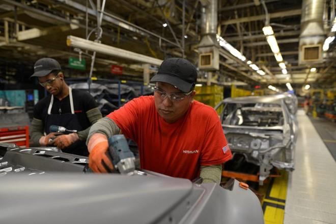 الإنتاج الصناعي لمنطقة اليورو .. ربع ثالث بدأ قويا وانتهى بتراجع غير متوقع