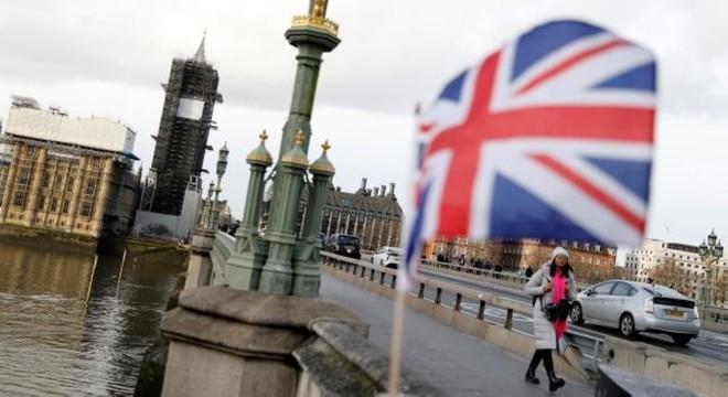 بريطانيا ترفع حجم الإنفاق الدفاعي لأعلى مستوى منذ الحرب الباردة