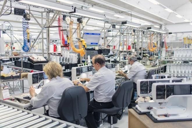 الاستثمارات الصينية تثير القلق في سويسرا .. مخاوف من السيطرة على القطاعات الاستراتيجية