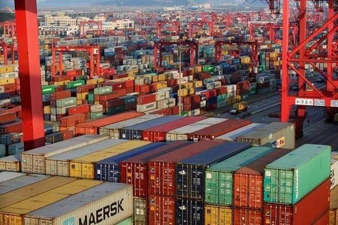 تراجع العجز التجاري للهند خلال نوفمبر