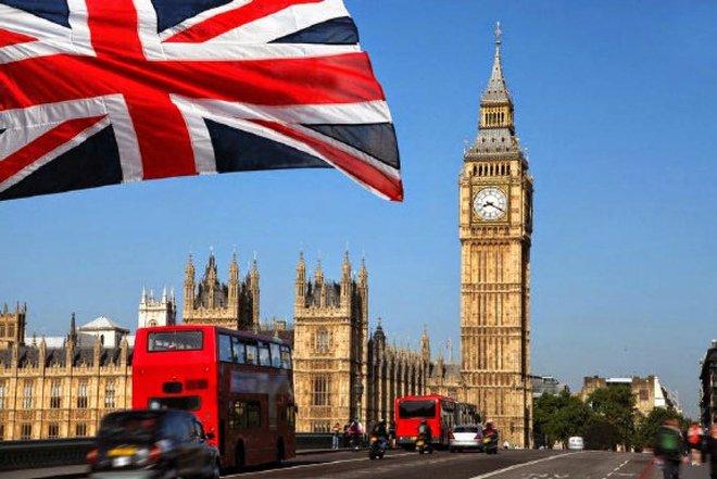 بريطانيا: انكماش الأعمال خلال نوفمبر