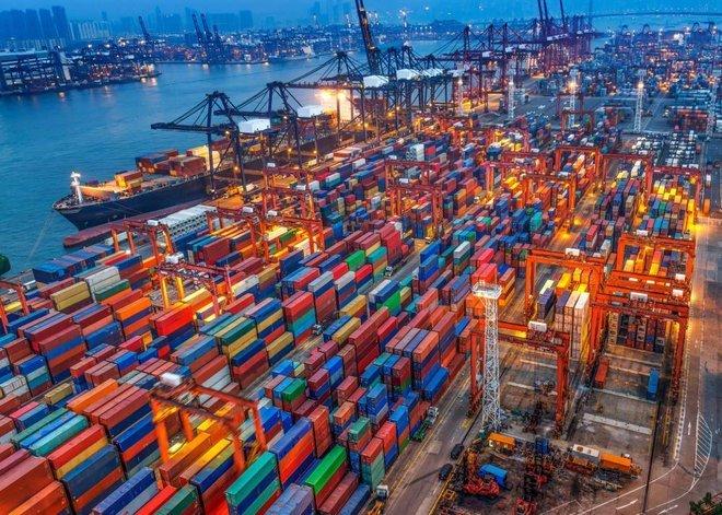بريطانيا تؤسس شبكة من الاتفاقيات التجارية حول العالم تتجاوز أوروبا