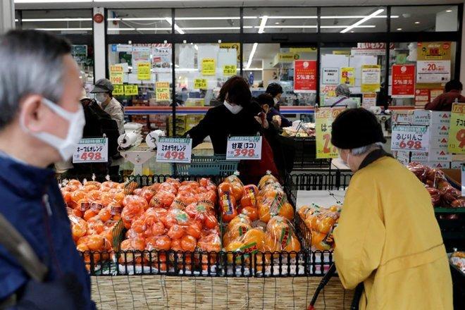 اليابان: هبوط أسعار المستهلكين بأقصى وتيرة خلال أكثر من 10 سنوات