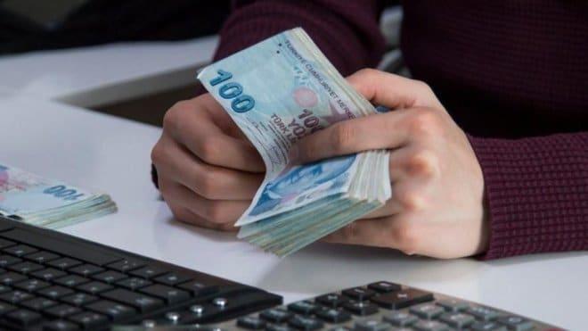 الليرة التركية تنخفض 1 % مع ارتفاع الدولار
