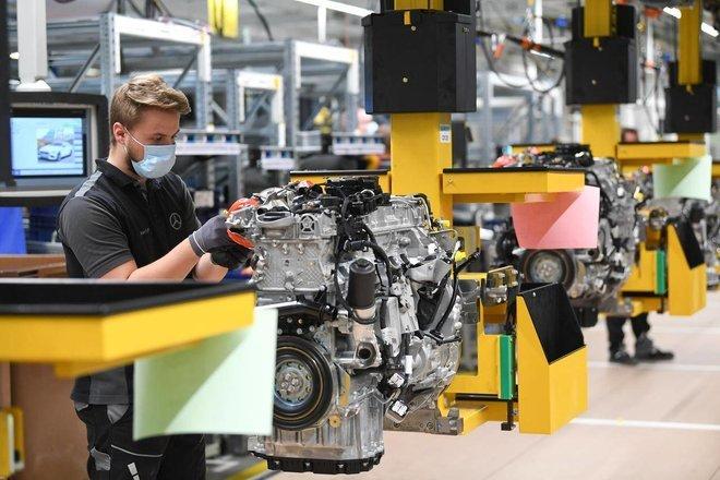 للمرة الأولى منذ 10 أعوام .. الجائحة تخفض عدد العاملين في القطاع الصناعي الألماني