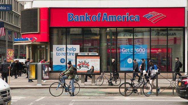 بنك أوف أمريكا: المستثمرون يتخلون عن السندات والذهب ويتدافعون على الأسهم