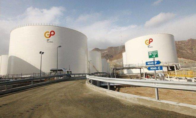 سنغافورة توافق على تجميد أقساط ديون جي.بي جلوبال أباك لتجارة النفط