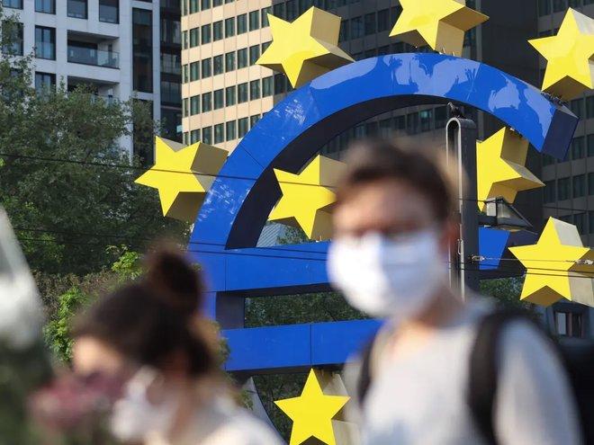 عودة أنشطة الأعمال في منطقة اليورو للنمو في مارس بفعل قطاع الصناعات التحويلية