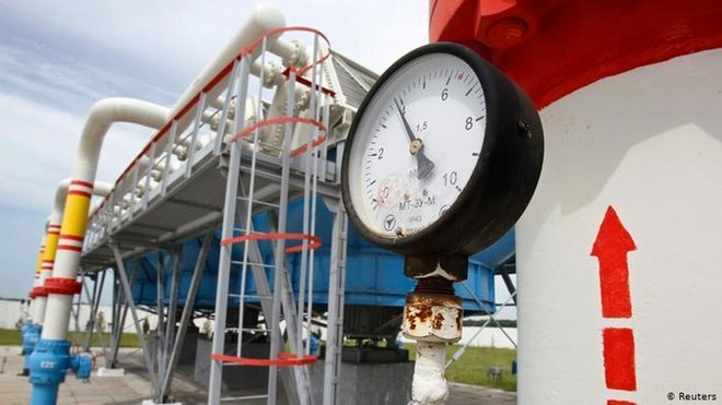 روسيا تدرس فرض قيود على تصدير البنزين