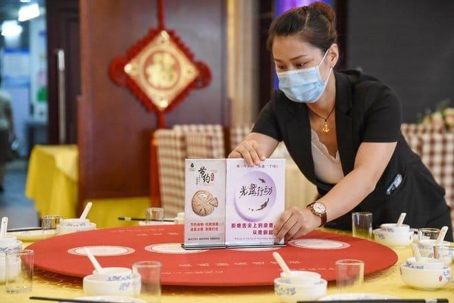 قانون هدر الطعام الصيني يدخل حيز التنفيذ مع فرض غرامات على الطلب الزائد